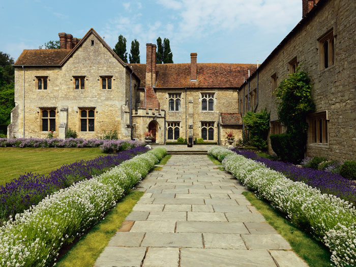 10-uk-stately-home-wedding-venues-3