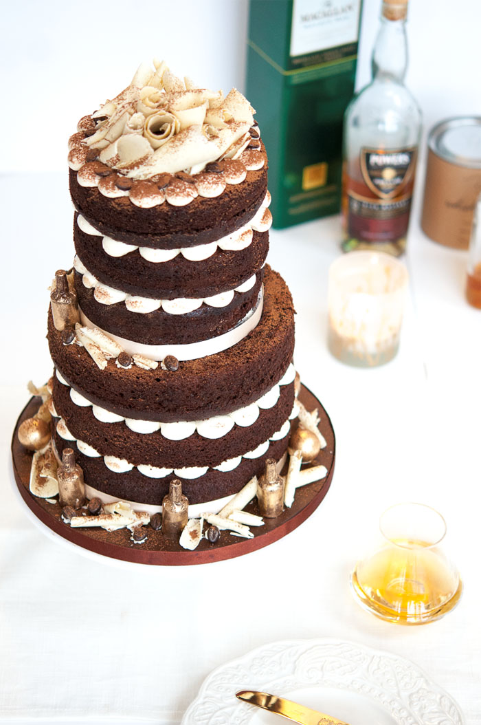 10-truly-scrumptious-naked-wedding-cakes-5