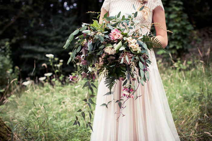 a-whimsical-woodland-bridal-shoot-in-yorkshire-4