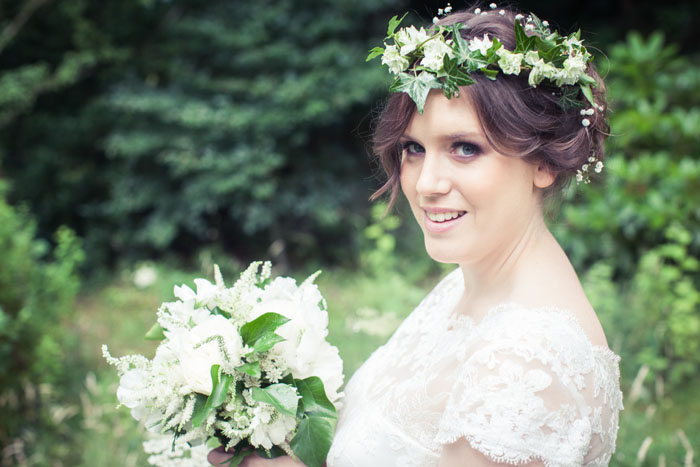 a-whimsical-woodland-bridal-shoot-in-yorkshire-7