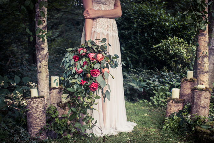 a-whimsical-woodland-bridal-shoot-in-yorkshire-11