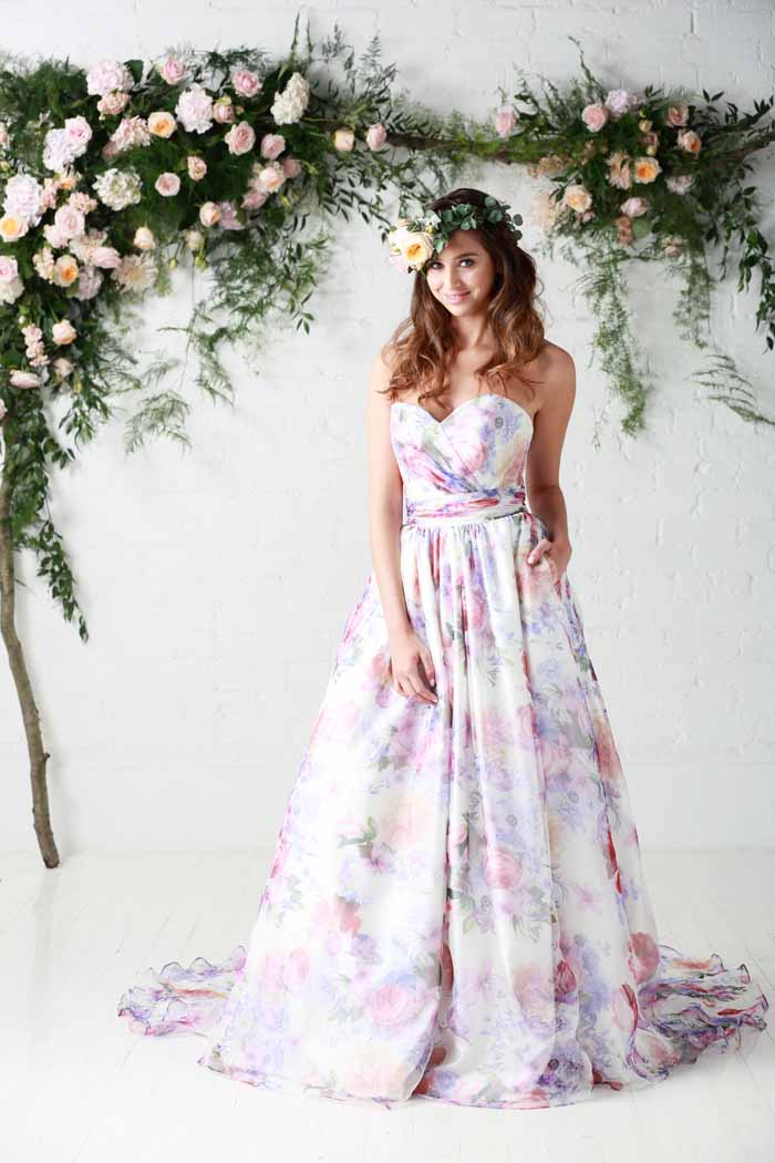 10-reasons-to-go-for-a-floral-wedding-dress-4