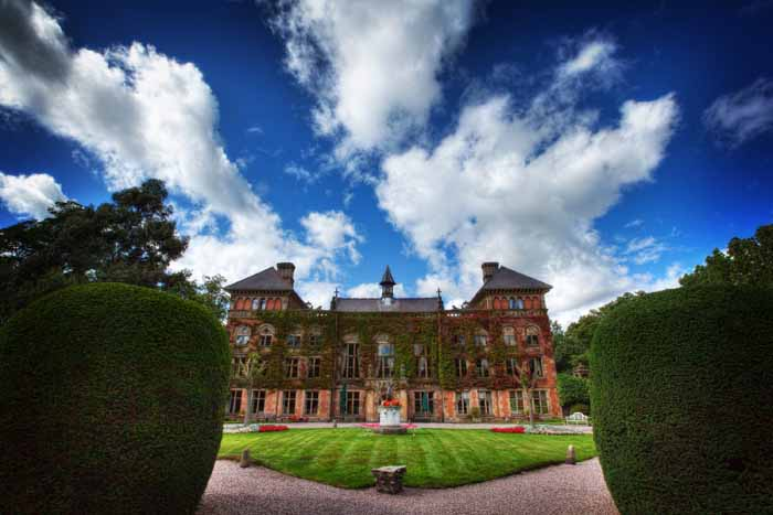wonderful-wedding-venues-at-bride-the-wedding-show-at-tatton-park-3