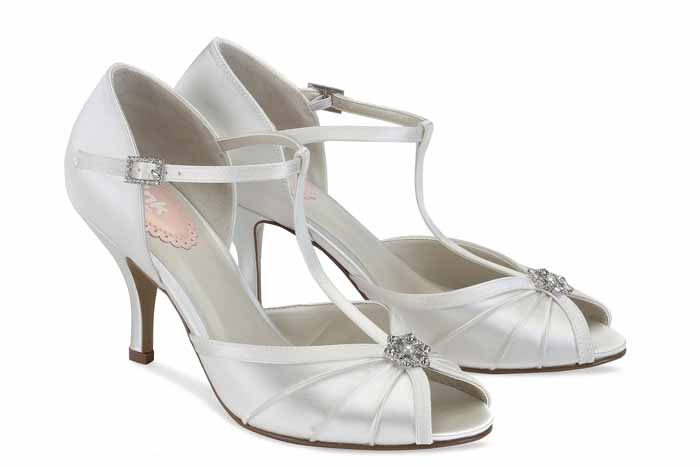 wedding-shoe-trends-for-2017-3