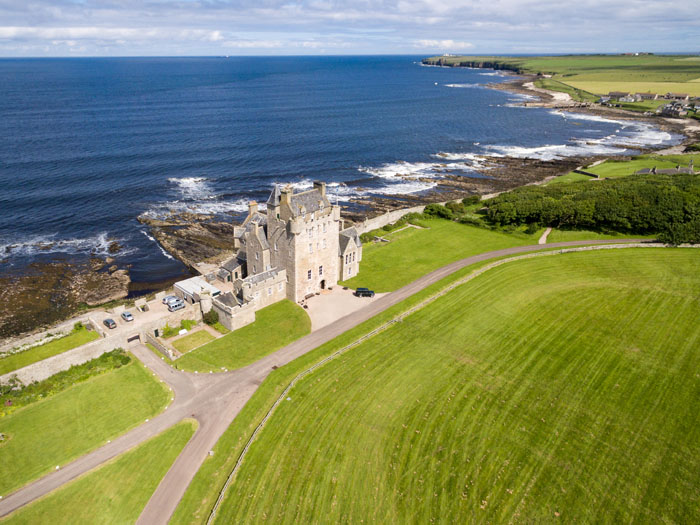 10-uk-coastal-wedding-venues-7