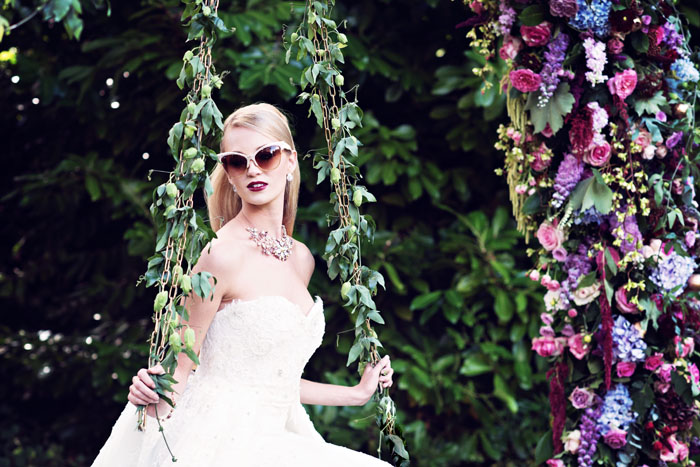 an-opulent-bridal-shoot-in-the-garden-of-eden-14