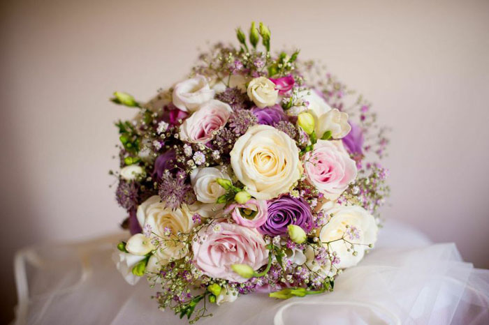 how-to-choose-the-perfect-wedding-bouquet-2