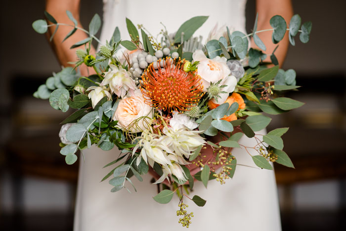 a-rich-and-warm-autumnal-bridal-shoot-5