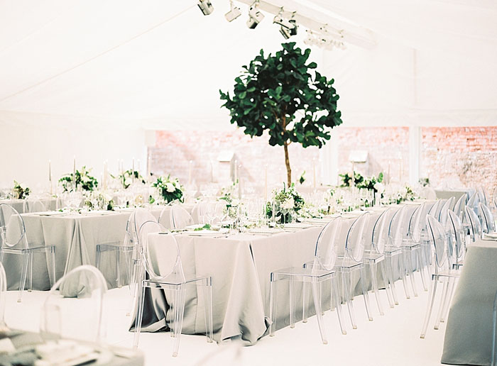 Venue dcor ideas and trends for 2017 weddings venue decor ideas and trends for 2017 weddings junglespirit Image collections