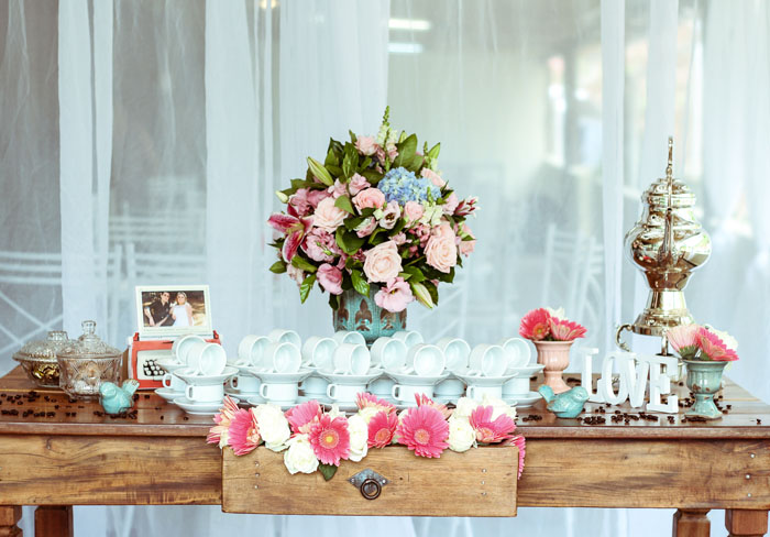 10-ways-to-plan-the-perfect-spring-wedding-4