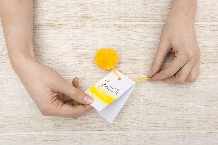 how-to-make-colourful-wedding-place-cards-9