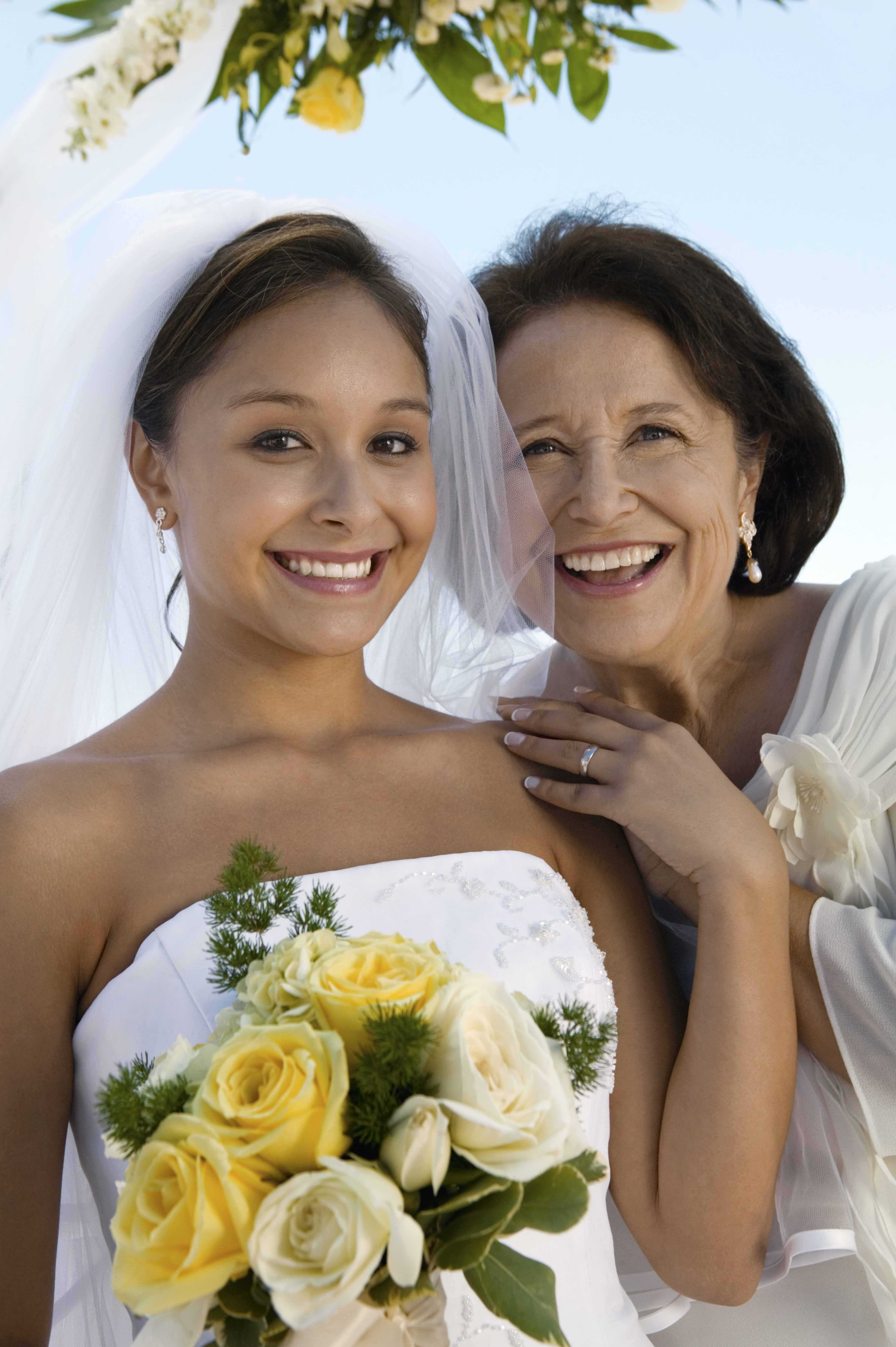 wedding-make-up-tips-for-the-mother-of-the-bride-3
