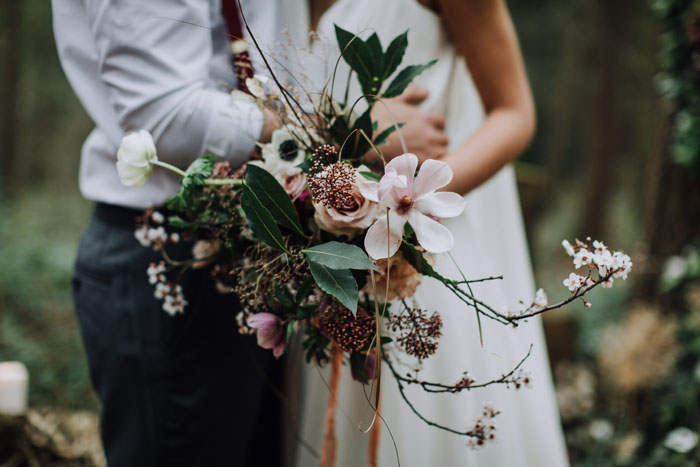 how-to-style-an-outdoors-wedding-2