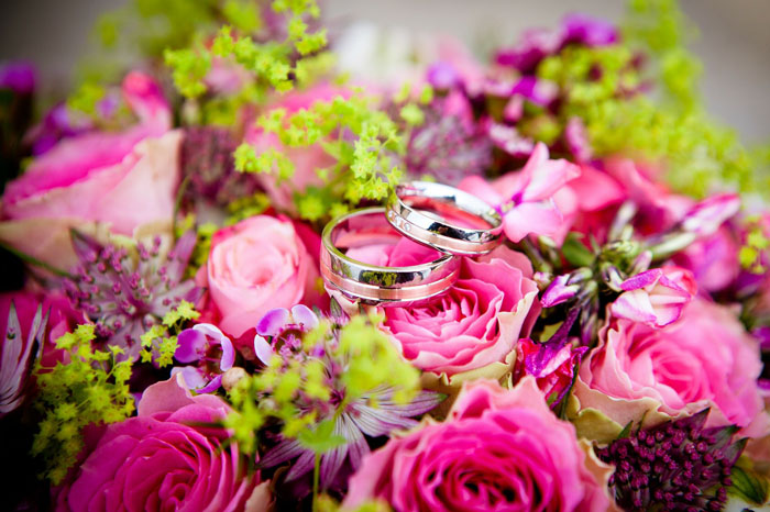 a-guide-to-planning-personalised-wedding-flowers-1