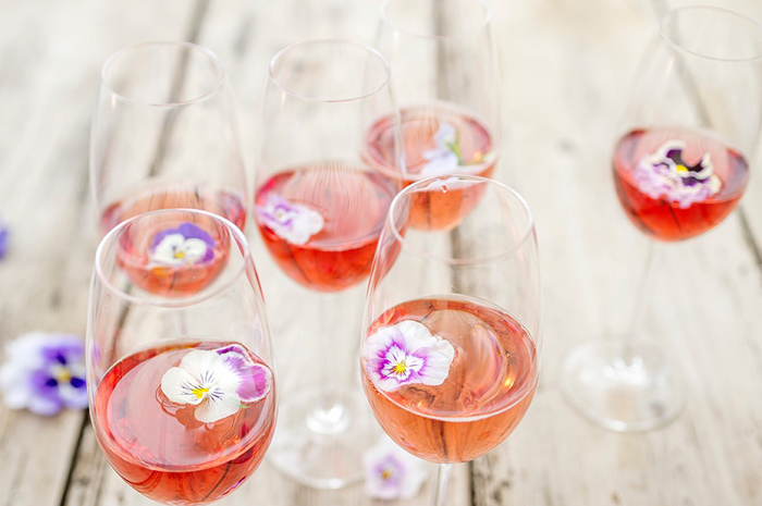 how-to-pimp-your-wedding-day-prosecco-4