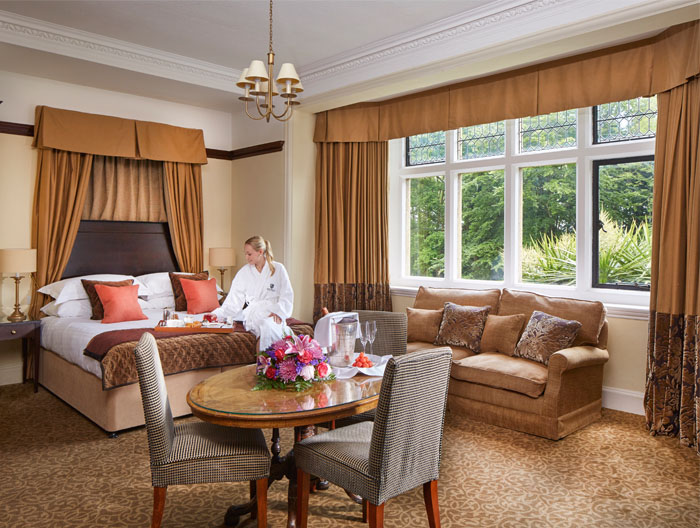 venue-fact-file-macdonald-frimley-hall-hotel-spa-berkshire-2