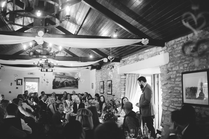 wedding-of-the-week-cotswolds-green-dragon-inn-21