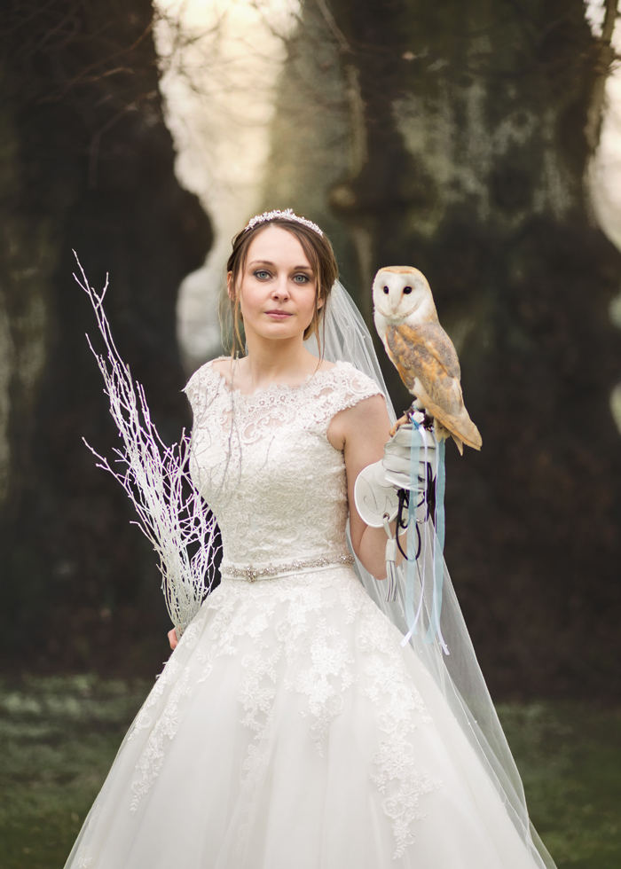 a-hotel-bridal-shoot-inspired-by-disneys-frozen-4