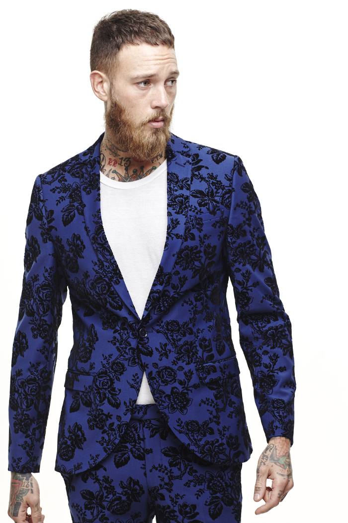 10 Patterned Groomsmen Suits