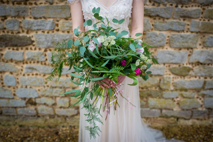 wedding-flower-trends-for-2017-from-norfolk-florists-1