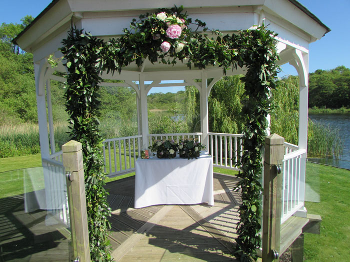 wedding-flower-trends-for-2017-from-norfolk-florists-4