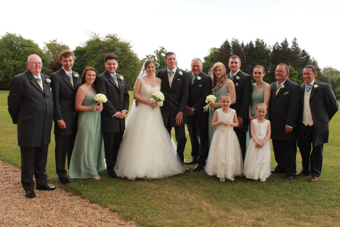 wedding-of-the-week-highfield-park-heckfield-hampshire-4
