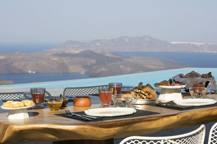 five-reasons-to-get-married-in-santorini-5