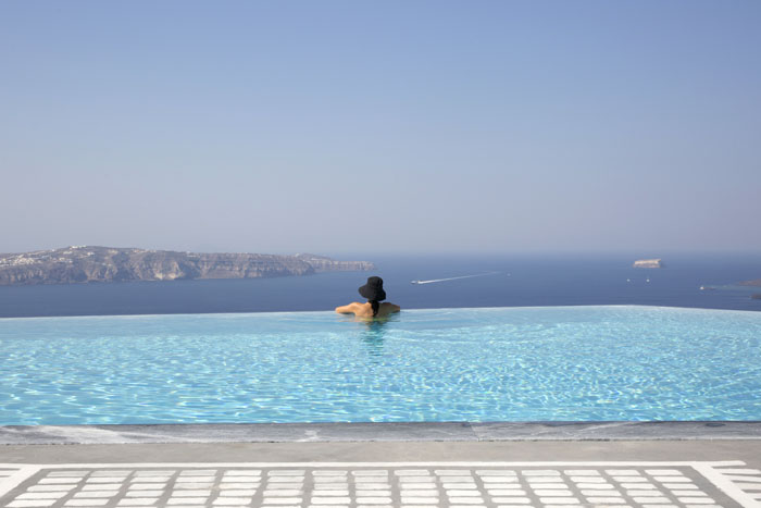 five-reasons-to-get-married-in-santorini-6