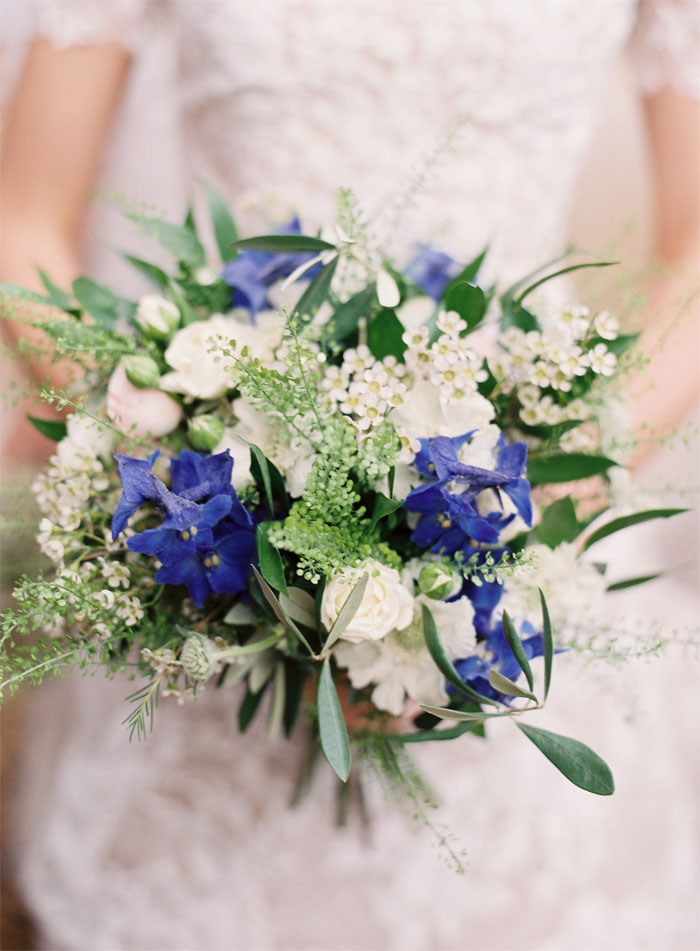 five-bouquets-which-display-the-greenery-trend-2