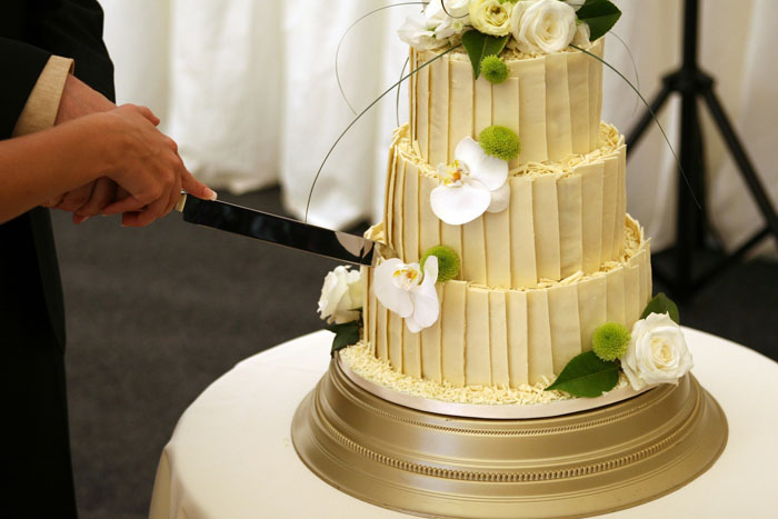 The wedding cake minefield: how to choose the perfect cake