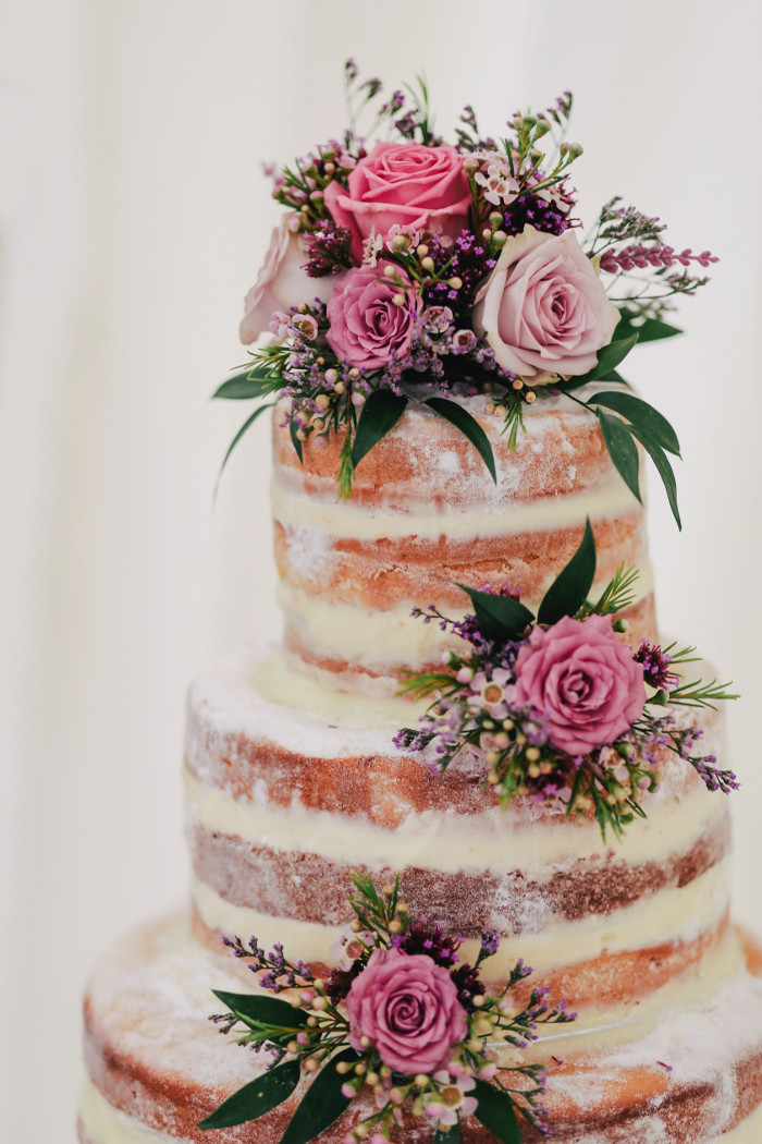 how-to-choose-the-perfect-wedding-cake-5