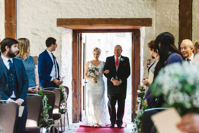 wedding-of-the-week-dartington-hall-totnes-devon-3