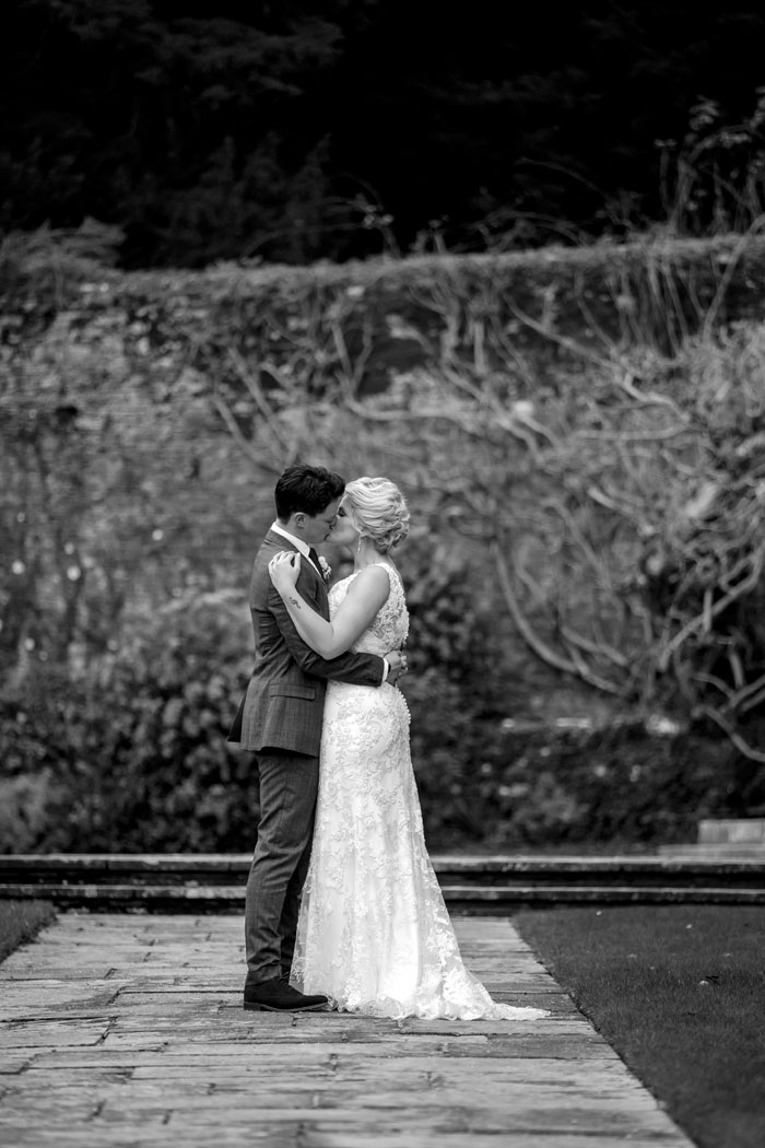 wedding-of-the-week-dartington-hall-totnes-devon-6
