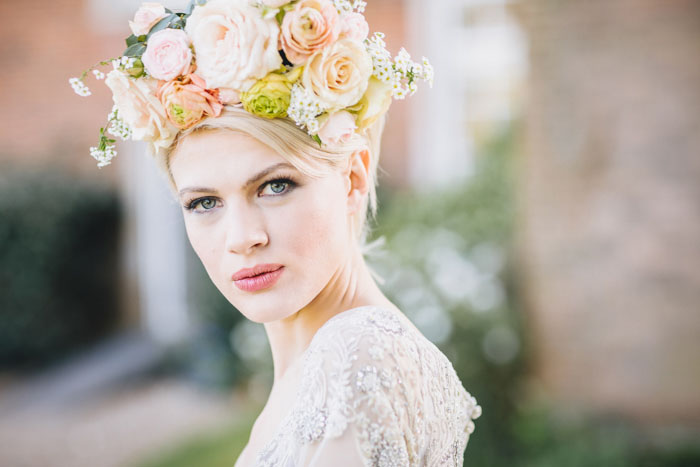 10-divine-flower-crown-designs-3