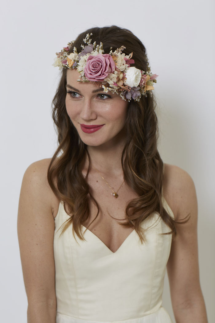 10-divine-flower-crown-designs-6