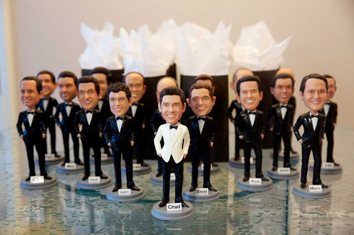 10-amusing-wedding-gifts-your-guests-will-adore-1