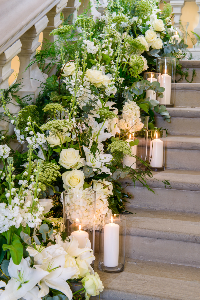 how-to-use-fresh-flowers-to-decorate-your-wedding-day-6