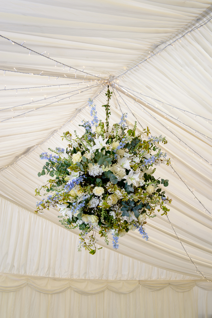 how-to-use-fresh-flowers-to-decorate-your-wedding-day-7