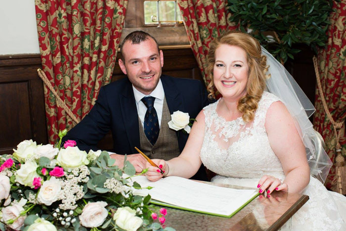 wedding-of-the-week-wrenbury-hall-cheshire-15