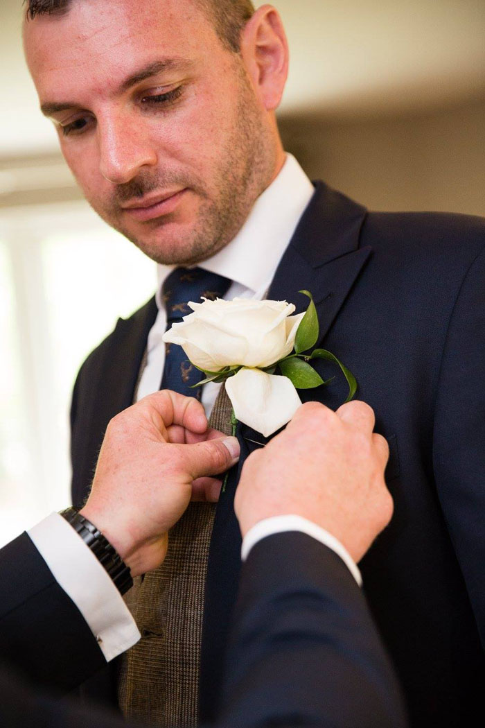 wedding-of-the-week-wrenbury-hall-cheshire-25