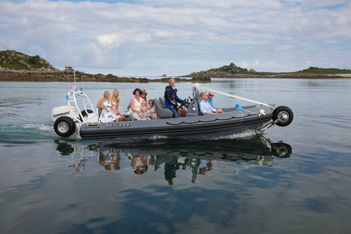 wedding-of-the-week-tresco-isles-of-scilly-14