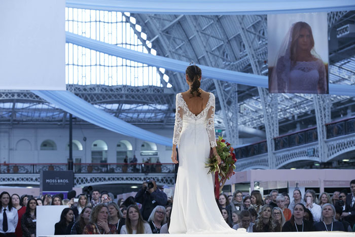 fashion-inspiration-catwalk-the-national-wedding-show-4
