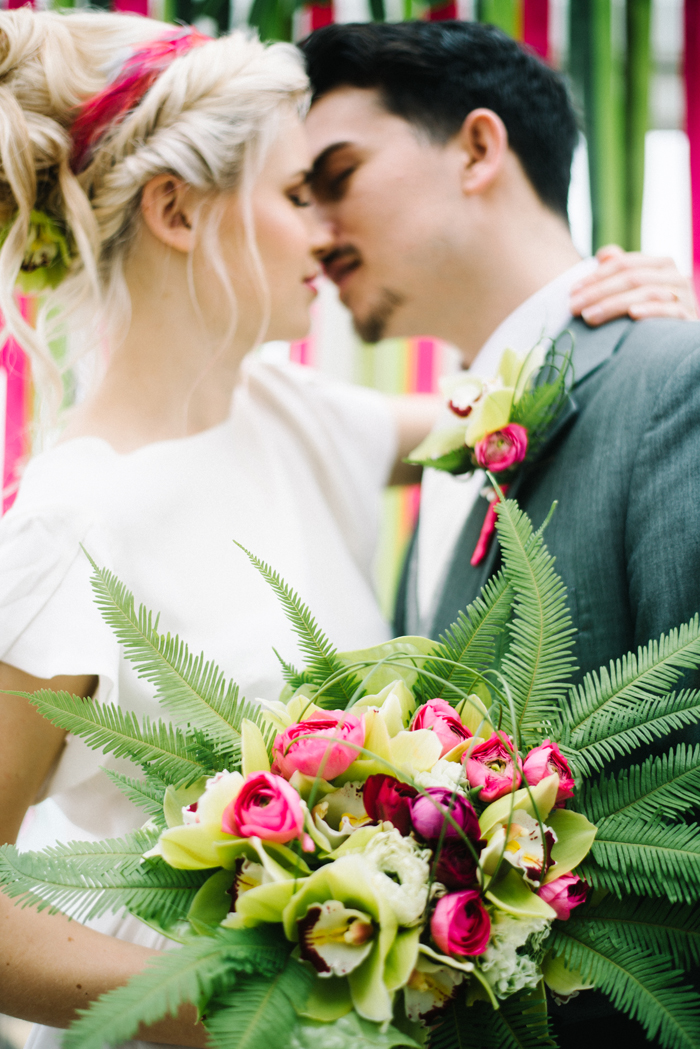 a-hot-pink-tropical-wedding-shoot-8