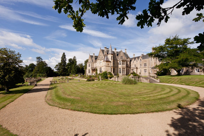 wow-factor-wedding-venues-south-west-7