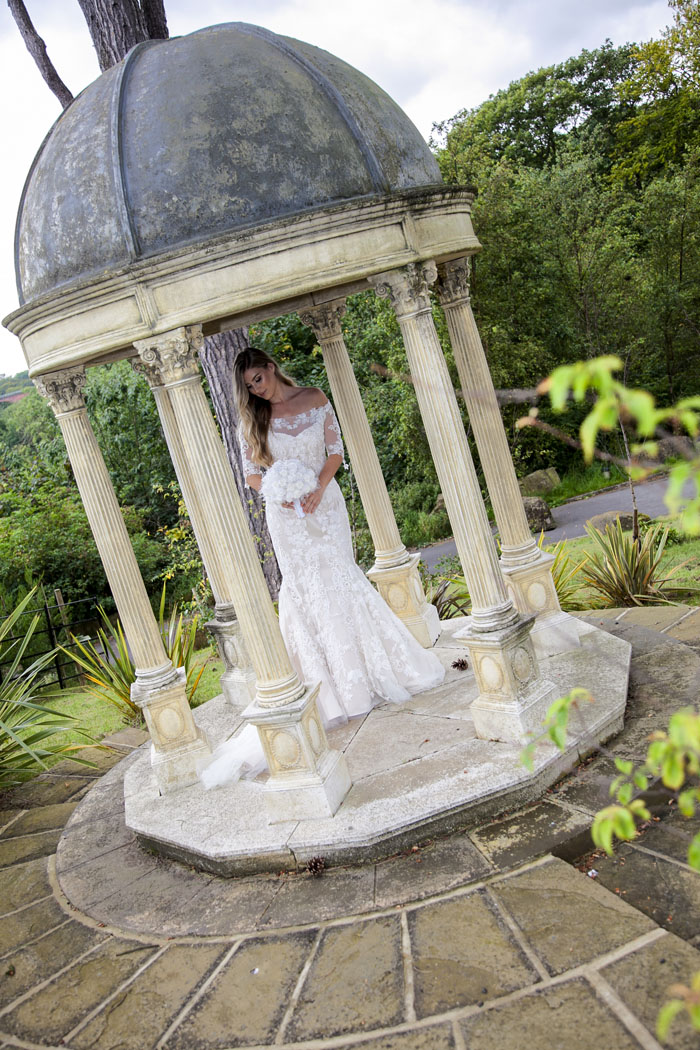 chic-sophisticated-bridal-shoot-north-yorkshire-5