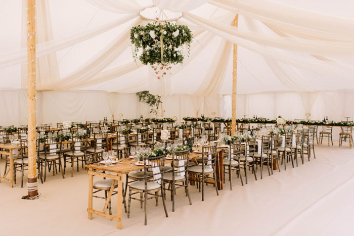 10 marquee wedding dcor ideas 10 marquee wedding decor ideas 3 junglespirit Images