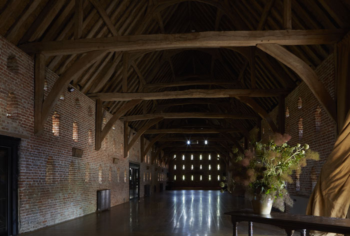 venue-fact-file-hales-hall-the-great-barn-norfolk-3