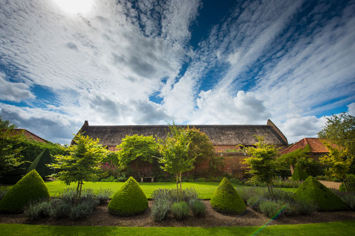 venue-fact-file-hales-hall-the-great-barn-norfolk-8