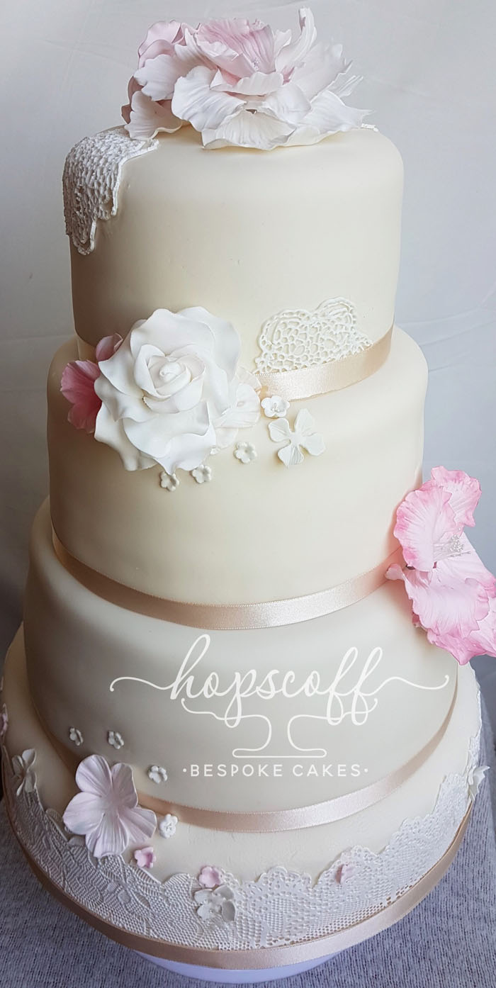 Wedding Cake Trends For 2017 2018 7