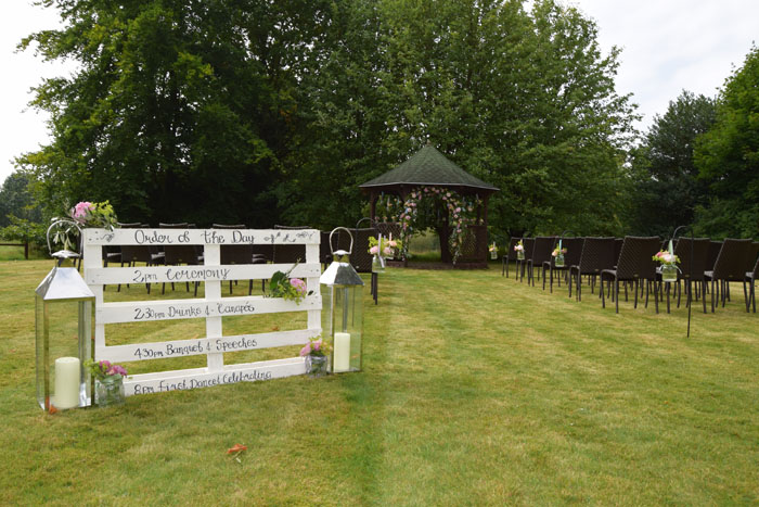 outdoor-wedding-ideas-at-silchester-house-5